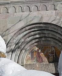 Névache's church door