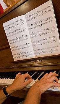 Chalet d'en Hô's piano