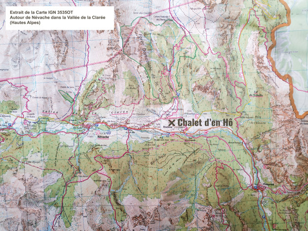 Extract from the IGN map 3535OT: Around Névache in the Claree Valley (Hautes Alpes)