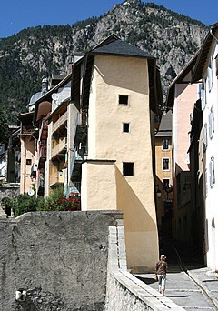 Southern ramparts and façades Briançon