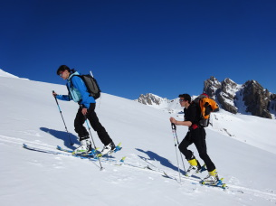 Ski touring in the Claree Valley