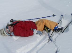Child in cross-country ski in Névache