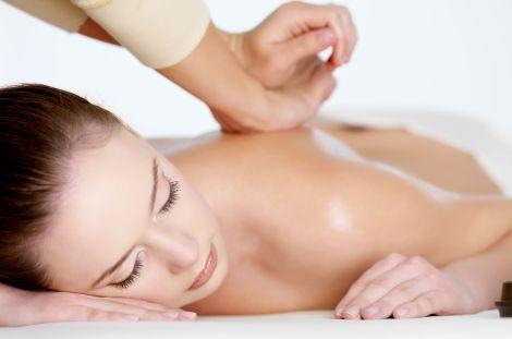Back massage at the Chalet d'en Hô