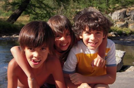 Children by the Clarée river in Névache
