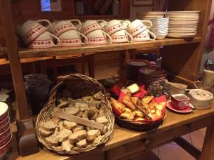 Breakfast at the Chalet d'en Hô, Névache